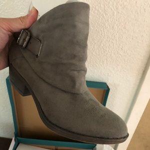 Blowfish Malibu style ankle boots